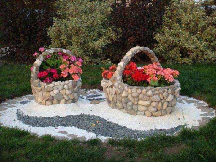 Клумбы для цветов из камня своими руками