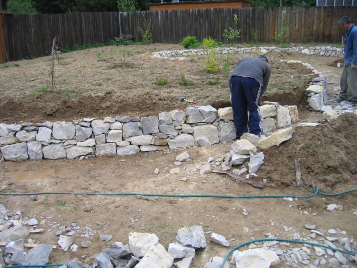 Строительство подпорной стенки