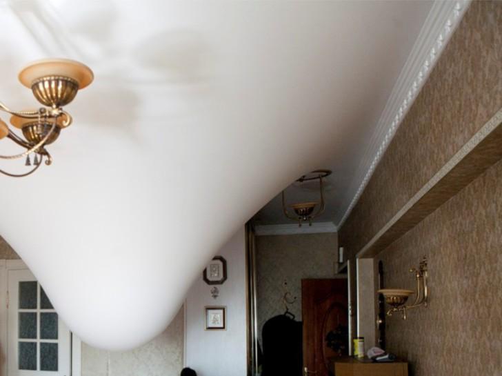 Вода на потолке