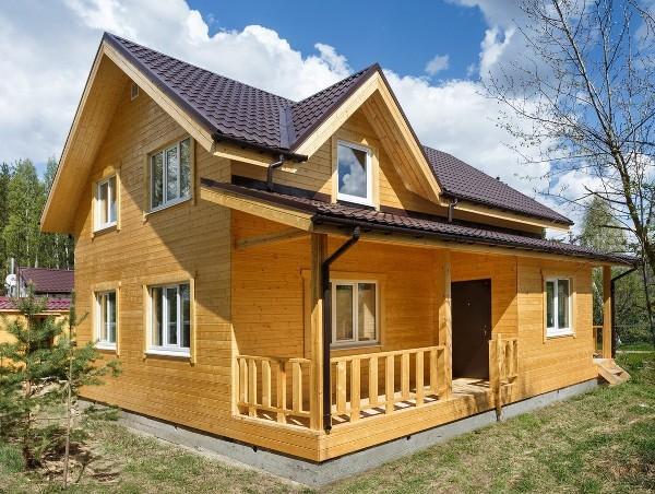 Обшиваем дом имитацией бруса